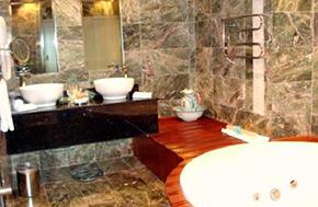 Hotel Aranwa Cusco Habitacion Baño