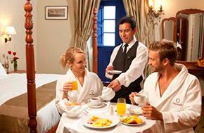 Hotel Aranwa Cusco Desayuno Habitacion