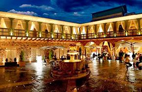 Hotel Aranwa Cusco patio