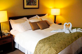 Hotel Sol de Oro Suites